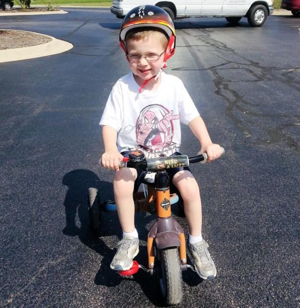 Color-Changing Spider-Man Tee at trike-a-thon