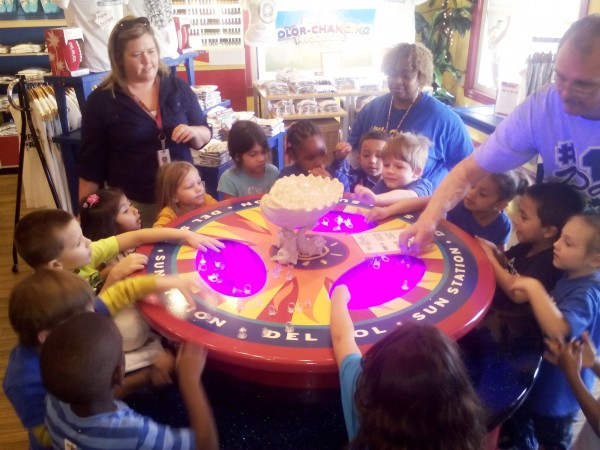 myrtle beach barefoot landing kids magic show