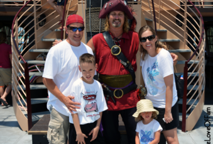 4-the-love-of-family-pirate-ship-cruise